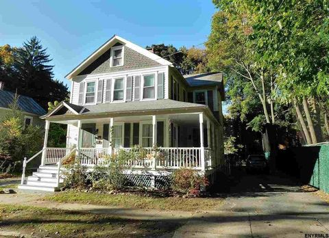 Photo of 81 Middle Ave, Saratoga Springs, NY 12866