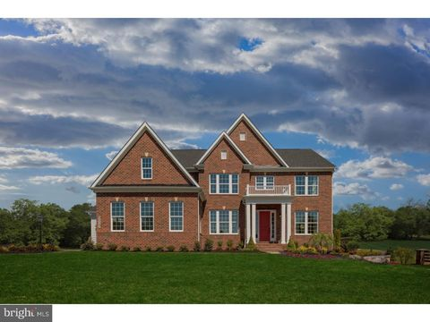 1 Silverbark Ln, West Chester, PA 19380
