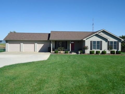 1250 N 2200 East Rd, Shelbyville, IL 62565