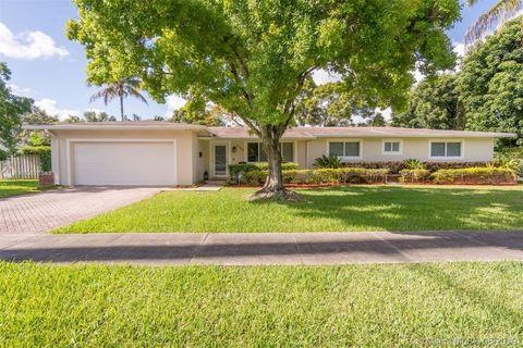 Photo of 9780 Sw 144th St, Miami, FL 33176