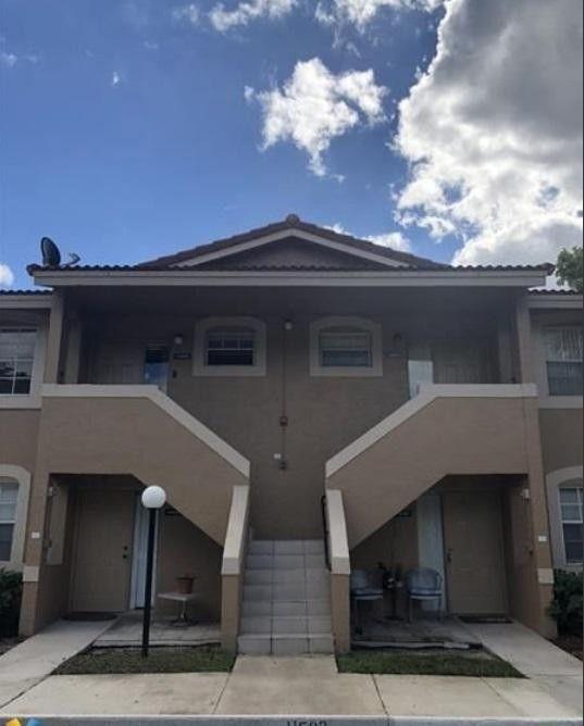11498 Nw 43rd St, Coral Springs, FL 33065