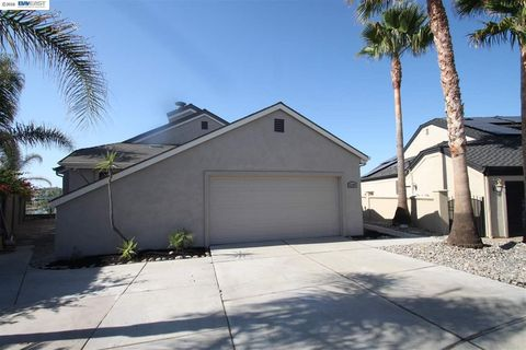 2207 Cove Ct, Discovery Bay, CA 94505