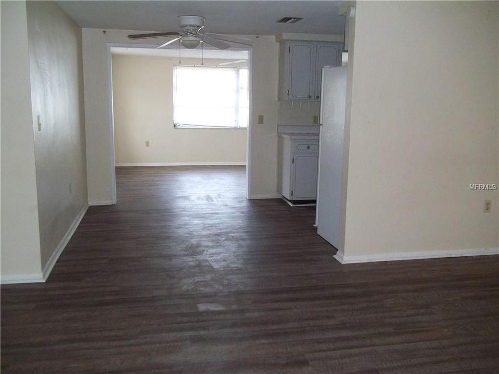 5202 Madison St, New Port Richey, FL 34652