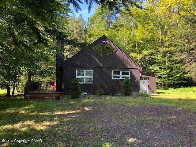 124 Sir Lyonnesse Ct Pocono Lake, PA 18347
