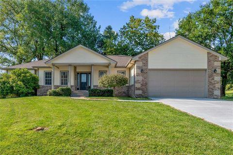 Surprising 2700 Shoreview Cir Des Moines Ia 50320 Complete Home Design Collection Epsylindsey Bellcom