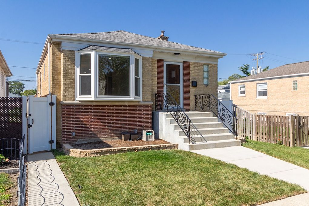 3218 N Oriole Ave Chicago, IL 60634