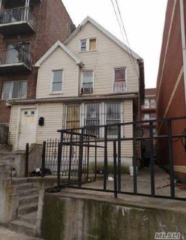 Photo of 108-14 37th Ave, Flushing, NY 11368