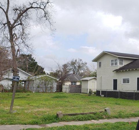 Photo of 617 E Vermilion St, Lafayette, LA 70501