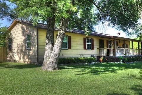 2412 Mc Farland, Caddo Mills, TX 75135