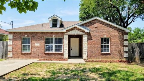 1815 Leroy Rd, Dallas, TX 75217