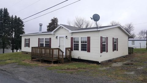 Photo of 614 Mary St, Houtzdale, PA 16651
