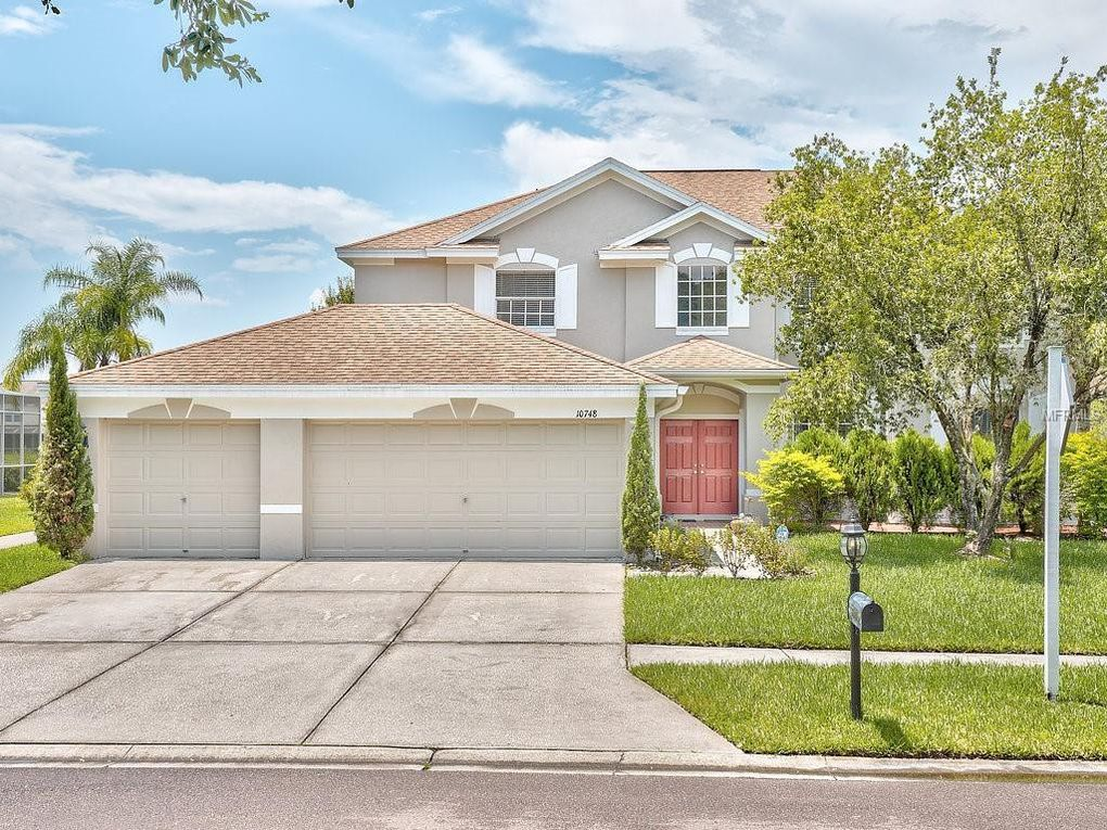 10748 Plantation Bay Dr, Tampa, FL 33647