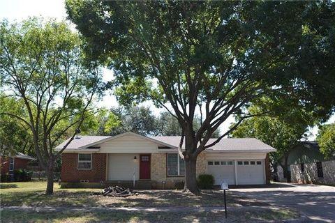 204 W Avenue K, Midlothian, TX 76065