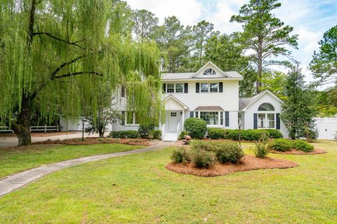 Photo of 305 W Wilson Creek Dr, New Bern, NC 28562