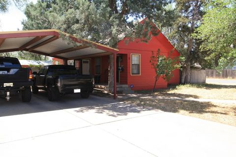 Photo of 2011 31st St, Lubbock, TX 79411