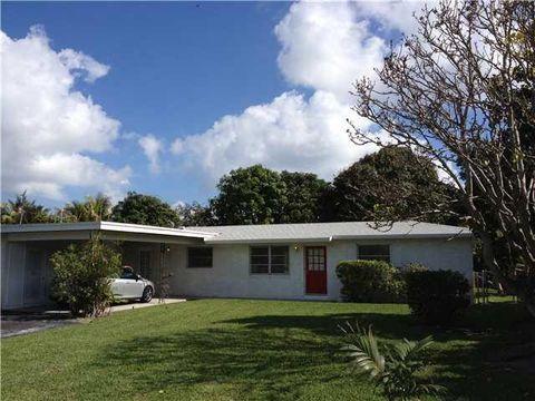 1330 Florida Mango Rd, Lake Clarke Shores, FL 33406