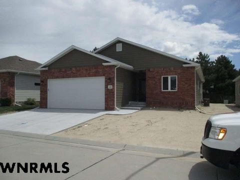 Photo of 10 Blue Stem Dr, Scottsbluff, NE 69361