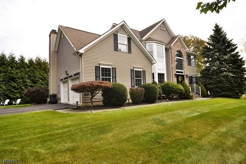 Photo of 50 Conkling Rd, Roxbury Township, NJ 07852