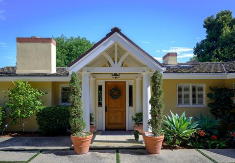 Photo of 843 Knapp Dr, Montecito, CA 93108