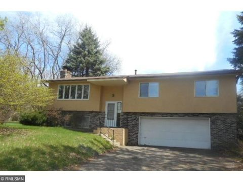 6350 Dawn Way, Inver Grove Heights, MN 55076