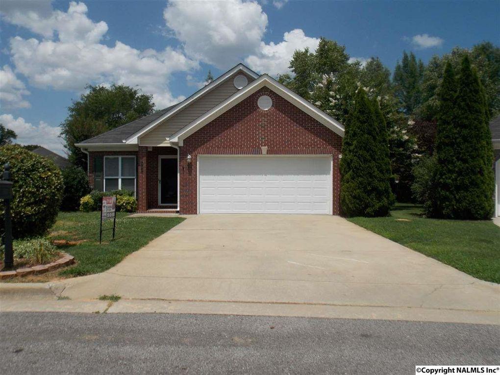941 Tracey Ln, Decatur, AL 35601