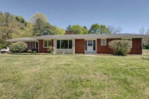 Photo of 2500 S Brentwood Blvd, Springfield, MO 65804