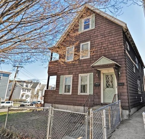 Photo of 95 Temple St, Somerville, MA 02145
