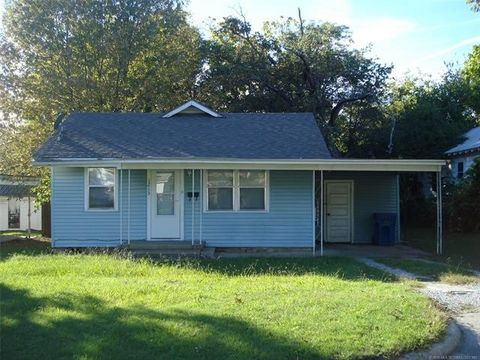 Photo of 1213 S 3rd St, McAlester, OK 74501
