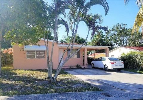Photo of 918 Green St, West Palm Beach, FL 33405