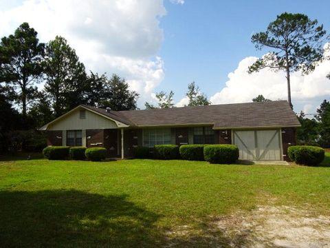 94 Cooper Ln, Hinesville, GA 31313