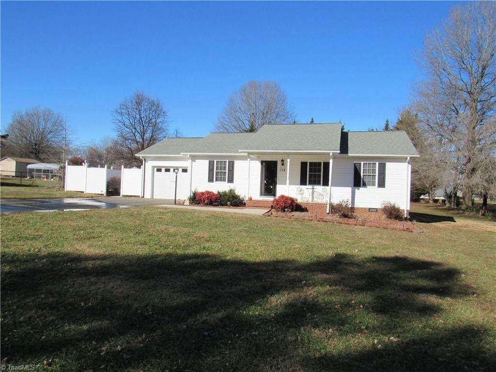139 Vance St Dobson, NC 27017