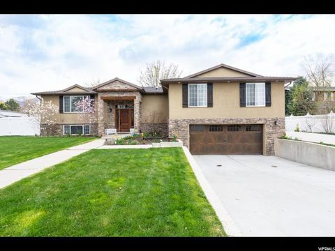 Photo of 686 N 275 E, Kaysville, UT 84037