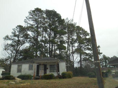 1109 Sycamore Rd, Kinston, NC 28501
