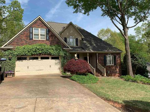 Photo of 443 Maplecroft St, Spartanburg, SC 29303