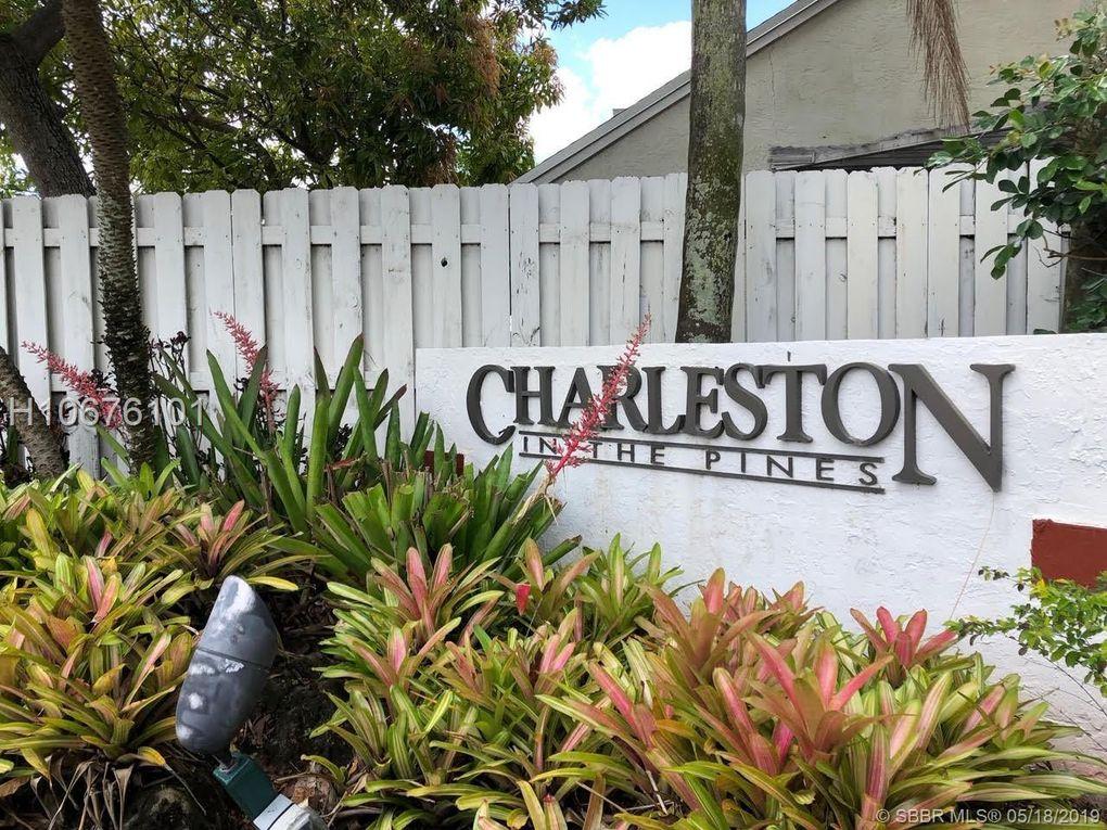10261 Nw 3rd St, Pembroke Pines, FL 33026