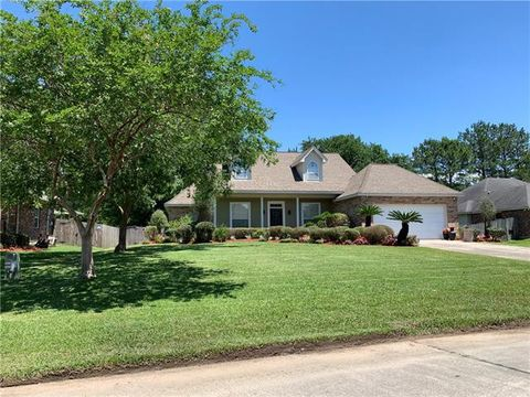 Photo of 1025 Forest Ridge Loop, Pearl River, LA 70452