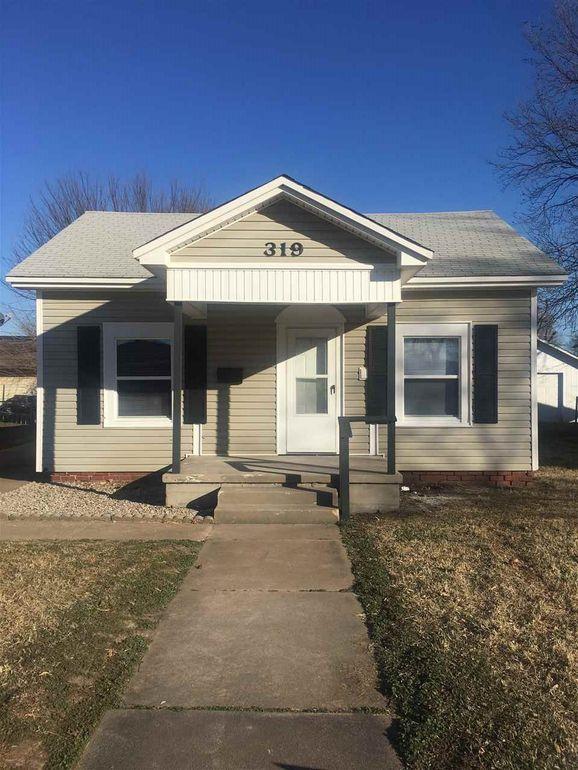 319 N Osage St Ponca City, OK 74601