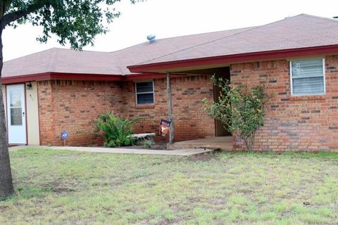 Photo of 411 S Avenue K E, Haskell, TX 79521