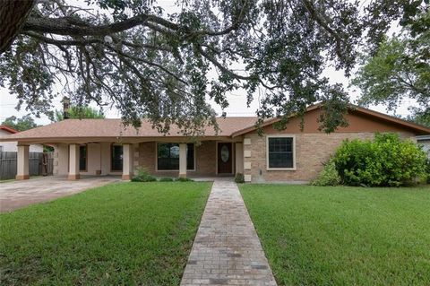 Photo of 1116 W 5th St, Weslaco, TX 78596