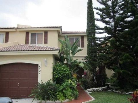 7421 Sw 163rd Pl, Miami, FL 33193