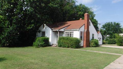 Fabulous 74106 Real Estate Homes For Sale Realtor Com Home Interior And Landscaping Palasignezvosmurscom