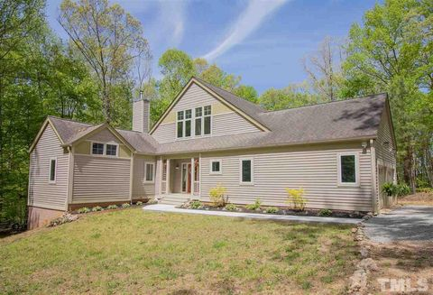 Waterfront Homes for Sale in Kerr Lake, NC - realtor com®