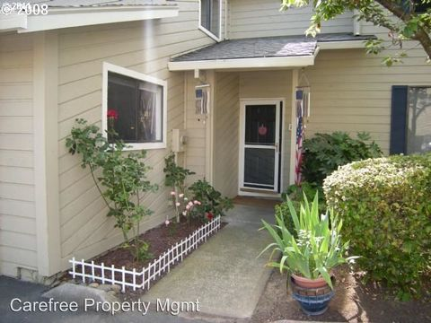 Photo of 29480 Sw Volley St Apt 21, Wilsonville, OR 97070