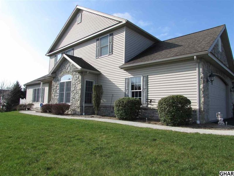 864 victoria ln palmyra pa 17078 home for sale real