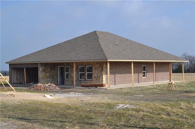 400 Marshall Cir, Whitewright, TX 75491