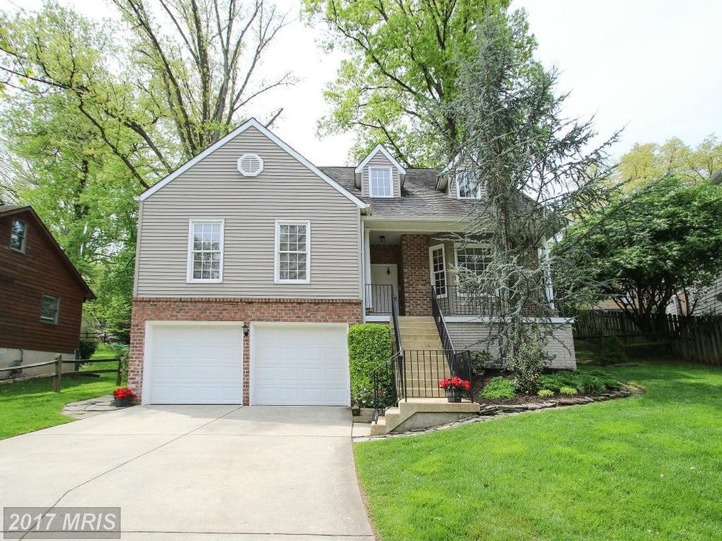 11220 Valley View Ave Kensington, MD 20895