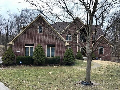 Photo of 104 W Cedarview Ct, Mooresville, IN 46158