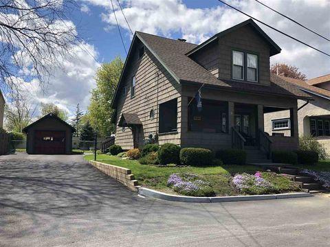 Photo of 3 Olmstead Pl, Rutland, VT 05701