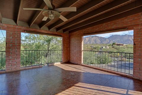5910 E Territory Dr, Tucson, AZ 85750
