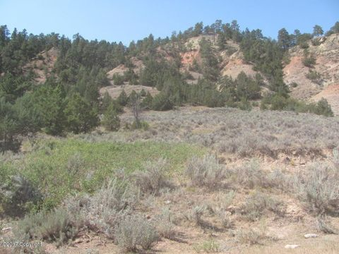 1093 Bitter Creek Rd, Recluse, WY 82725